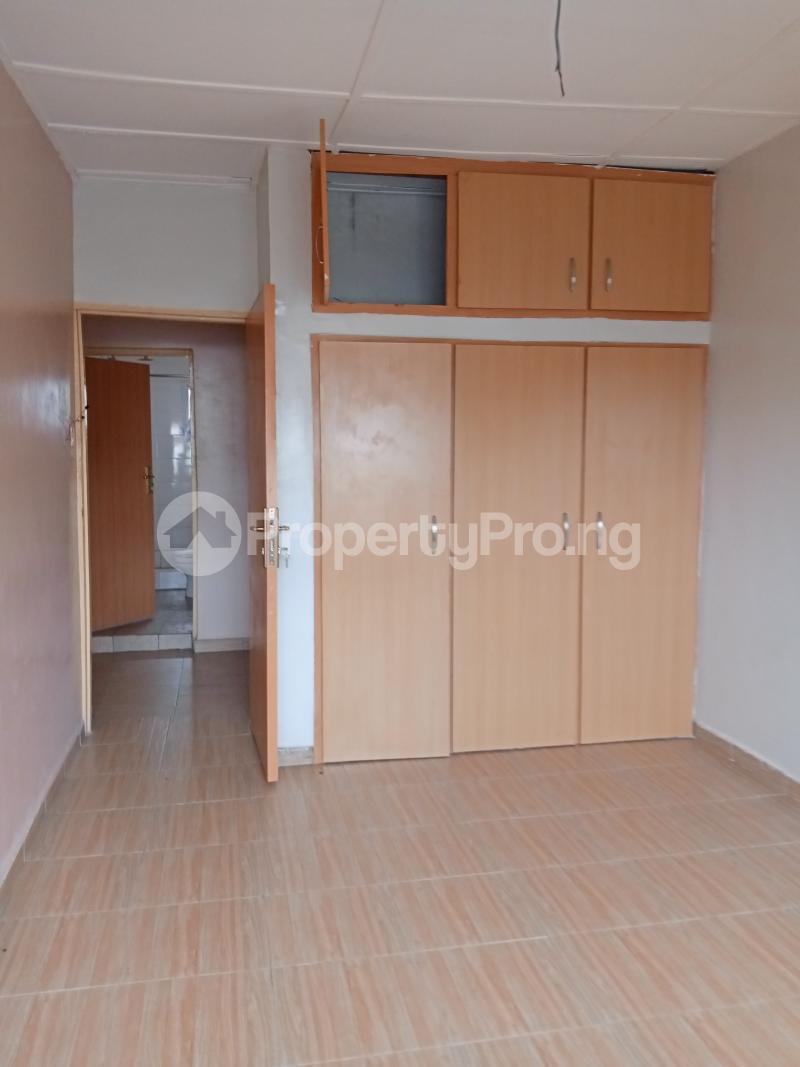 3 bedroom Mini flat Flat / Apartment for rent Off Oluwadare Fola Agoro Yaba Lagos - 7