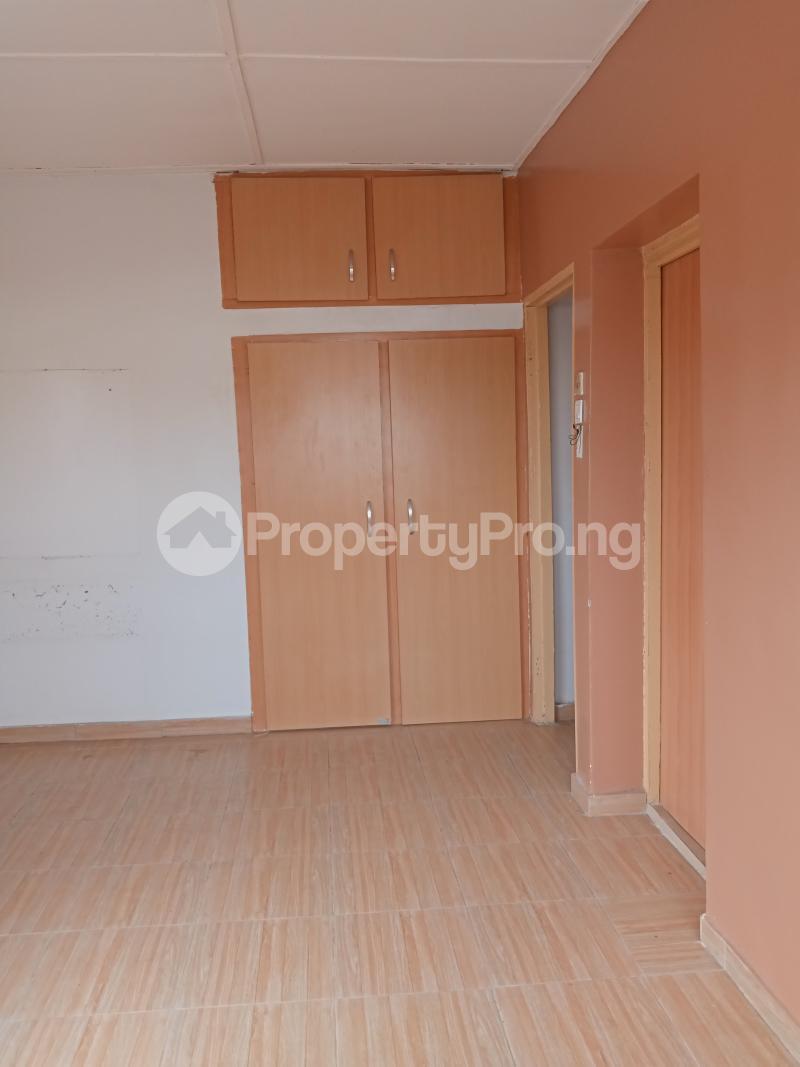 3 bedroom Mini flat Flat / Apartment for rent Off Oluwadare Fola Agoro Yaba Lagos - 15