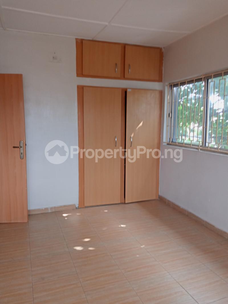 3 bedroom Mini flat Flat / Apartment for rent Off Oluwadare Fola Agoro Yaba Lagos - 12
