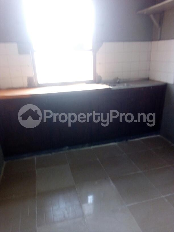 3 bedroom Block of Flat for rent off Nathan street Ojuelegba Surulere Lagos - 2