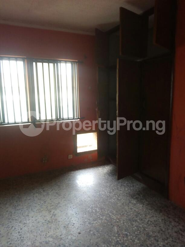 3 bedroom Flat / Apartment for rent Adebola ojomo Aguda Surulere Lagos - 2