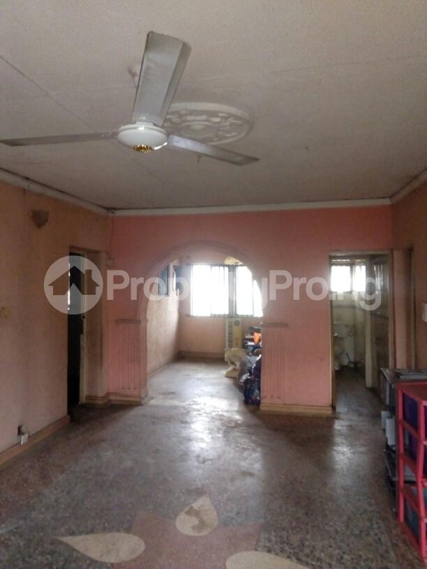 3 bedroom Flat / Apartment for rent Adebola ojomo Aguda Surulere Lagos - 8
