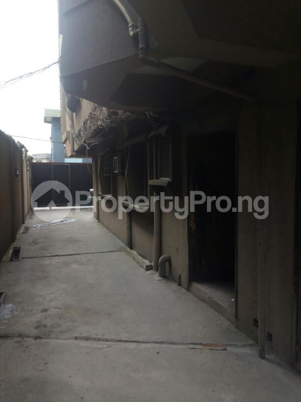3 bedroom Flat / Apartment for rent Adebola ojomo Aguda Surulere Lagos - 0