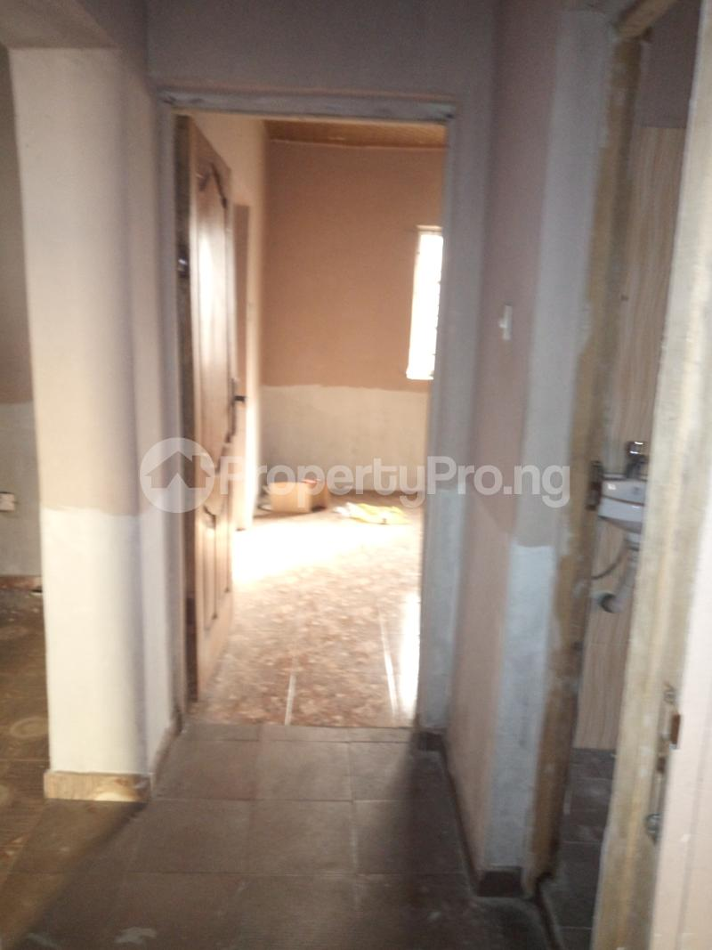 2 bedroom Flat / Apartment for rent DIRECTLY BEHIND STADUIM HOTEL, WESTERN AVENUE Western Avenue Surulere Lagos - 10