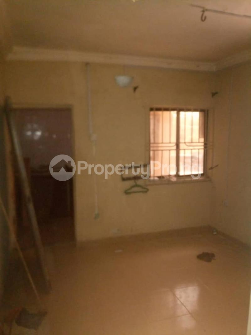 1 bedroom mini flat  Mini flat Flat / Apartment for rent Iwaya  Onike Yaba Lagos - 4