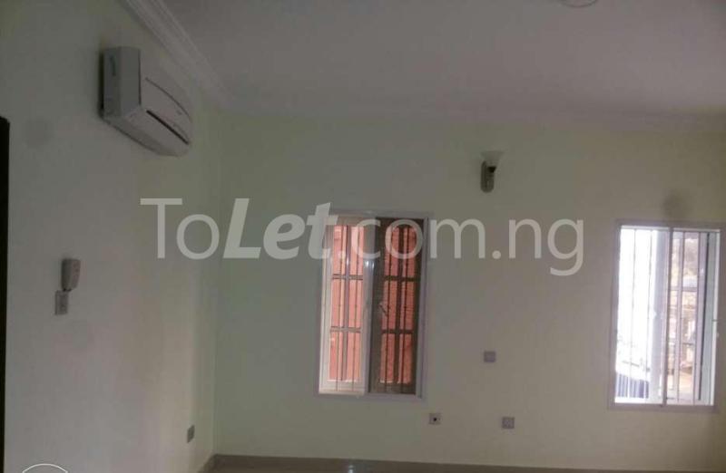 5 bedroom Penthouse Flat / Apartment for rent -Raymond st Sabo Yaba Lagos - 2