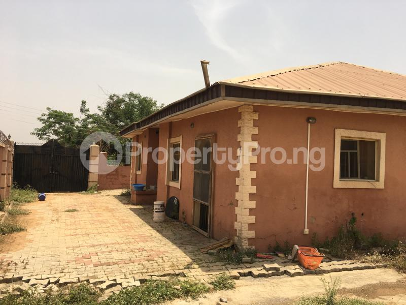 3 bedroom Detached Bungalow House for rent Peluseriki  Akala Express Ibadan Oyo - 7