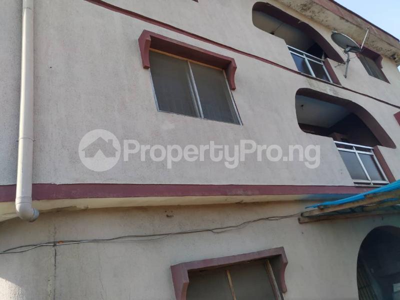 Blocks of Flats House for sale Off Agege Motor Road  Mushin Mushin Lagos - 24