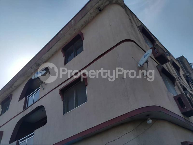 Blocks of Flats House for sale Off Agege Motor Road  Mushin Mushin Lagos - 23