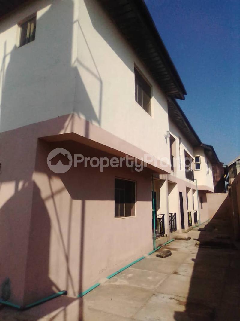 3 bedroom Blocks of Flats House for rent Ebenezer Iwo Rd Ibadan Oyo - 1