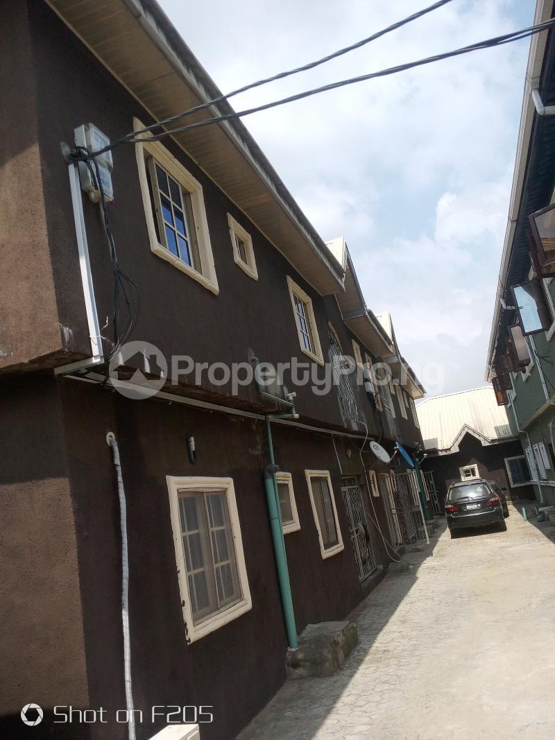 3 bedroom Flat / Apartment for rent Green Field estate Amuwo Odofin Lagos - 6