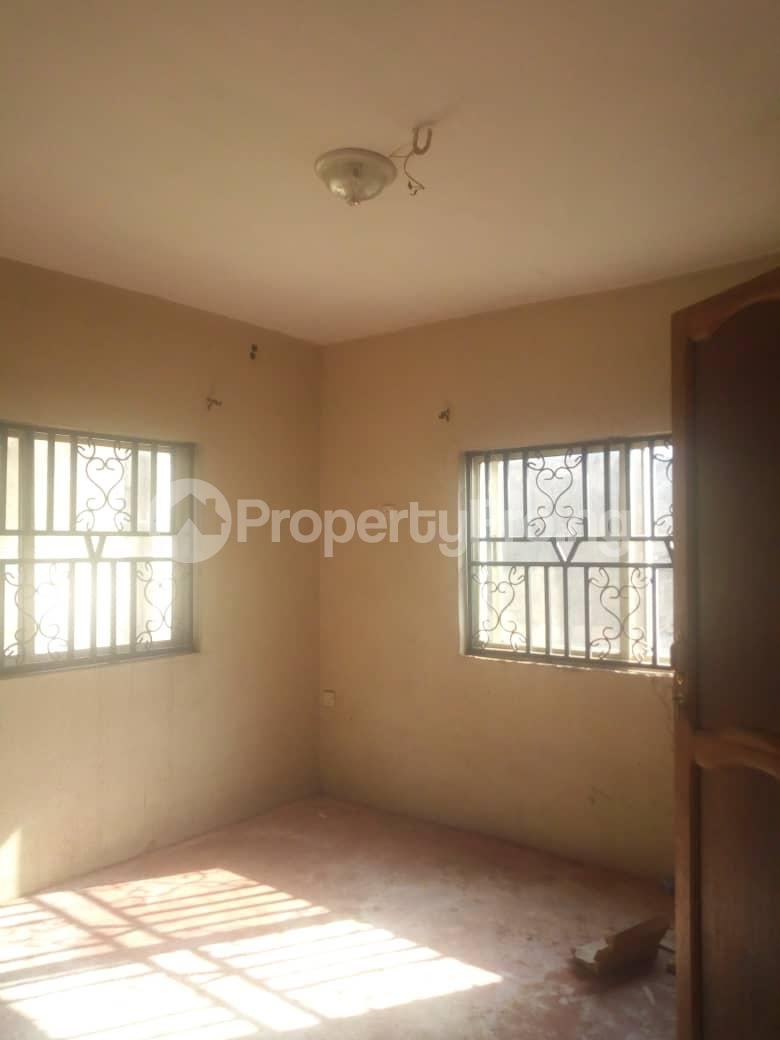 3 bedroom Flat / Apartment for rent Adeyemo Molete Ibadan Oyo - 5
