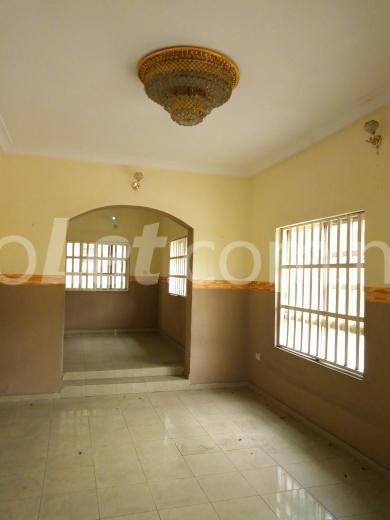 3 bedroom House for rent  woji rd  Trans Amadi Port Harcourt Rivers - 4