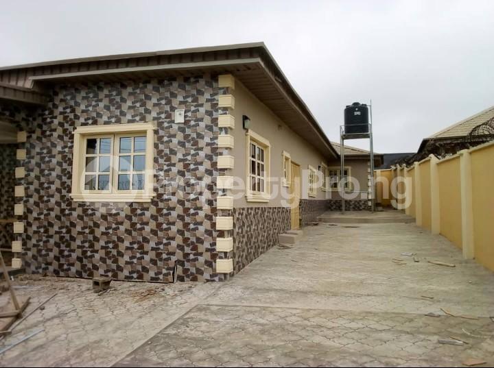 4 bedroom Detached Bungalow House for rent Ologuneru  Eleyele Ibadan Oyo - 0