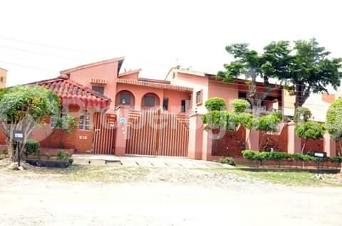 Detached Duplex House for sale Festac estate Festac Amuwo Odofin Lagos - 17
