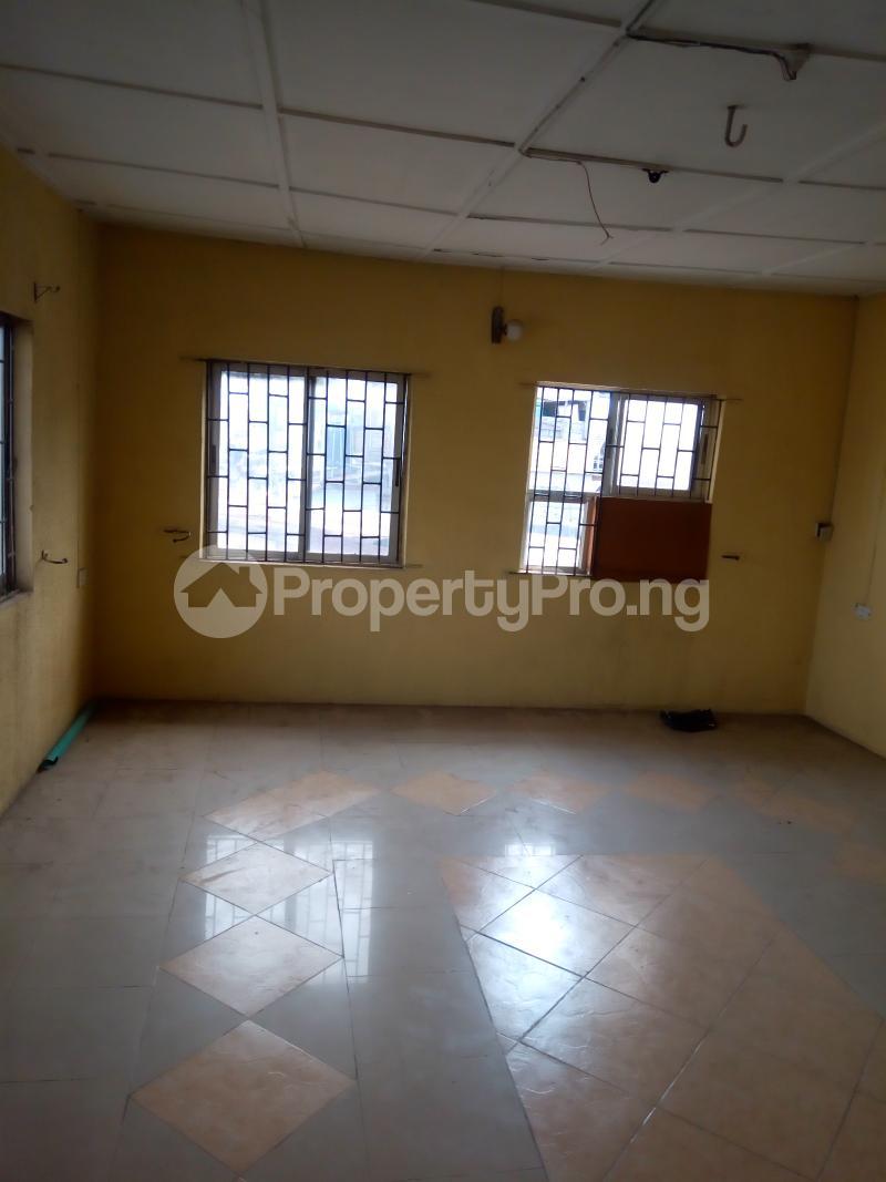 2 bedroom Flat / Apartment for rent paul Oguntola, by LUTH Mushin Mushin Lagos - 5