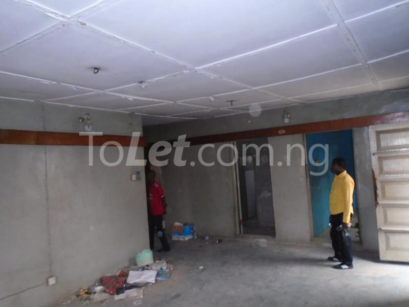 2 bedroom Flat / Apartment for rent off ayetoro Aguda Surulere Lagos - 6