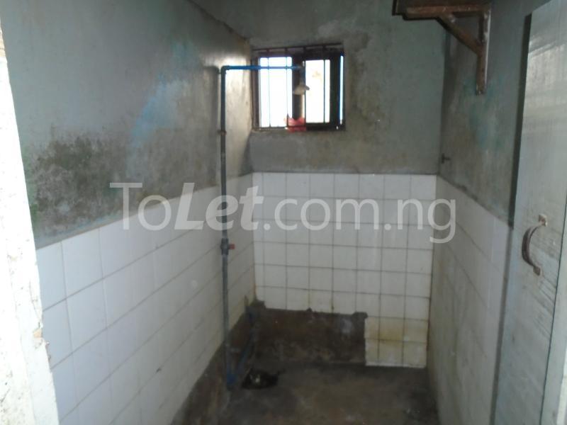 2 bedroom Flat / Apartment for rent off ayetoro Aguda Surulere Lagos - 8