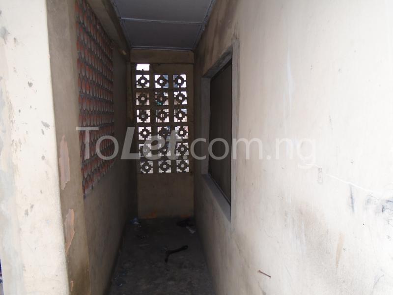 2 bedroom Flat / Apartment for rent off ayetoro Aguda Surulere Lagos - 13