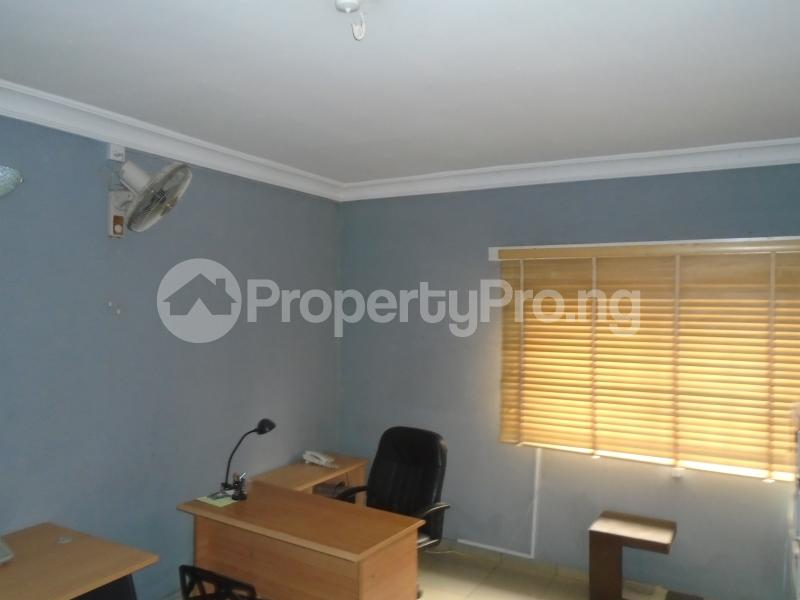 3 bedroom Blocks of Flats House for rent mende,close Mende Maryland Lagos - 8