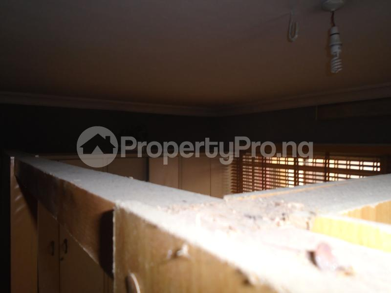 3 bedroom Blocks of Flats House for rent mende,close Mende Maryland Lagos - 10