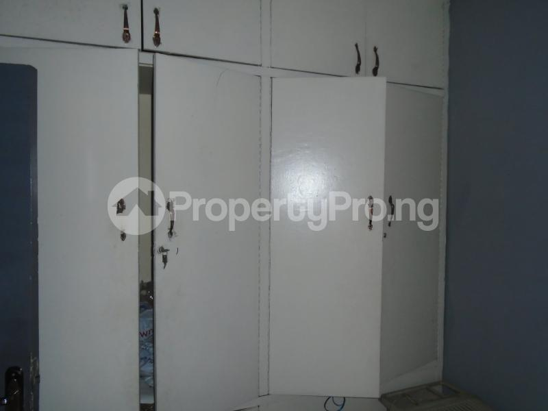 3 bedroom Blocks of Flats House for rent mende,close Mende Maryland Lagos - 9