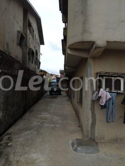 3 bedroom Flat / Apartment for sale alidada street Ago palace Okota Lagos - 1