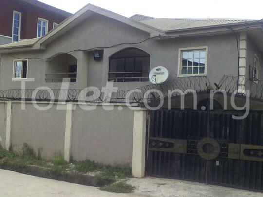 3 bedroom Flat / Apartment for sale ponch Estate Mangoro Ikeja Lagos - 3