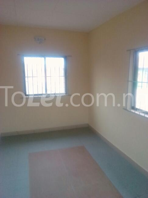 3 bedroom House for sale dopemu Cement Agege Lagos - 2