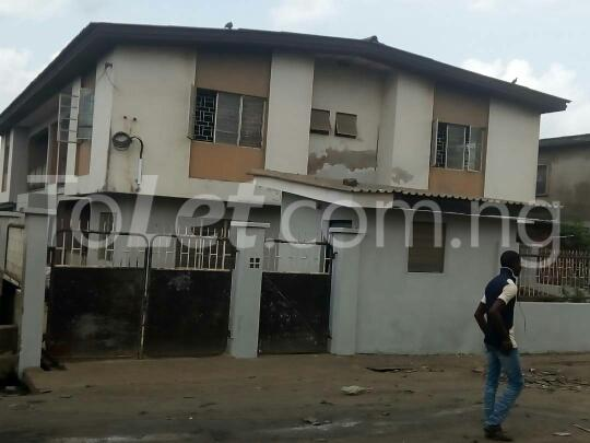 3 bedroom House for sale dopemu Cement Agege Lagos - 1