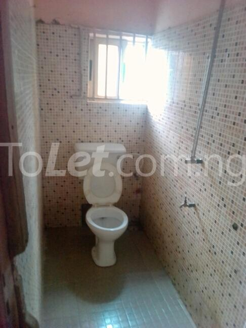 3 bedroom House for sale dopemu Cement Agege Lagos - 3