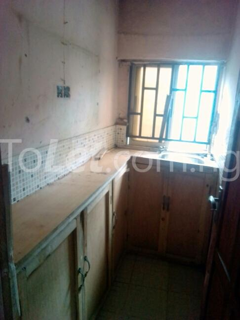 3 bedroom House for sale dopemu Cement Agege Lagos - 4
