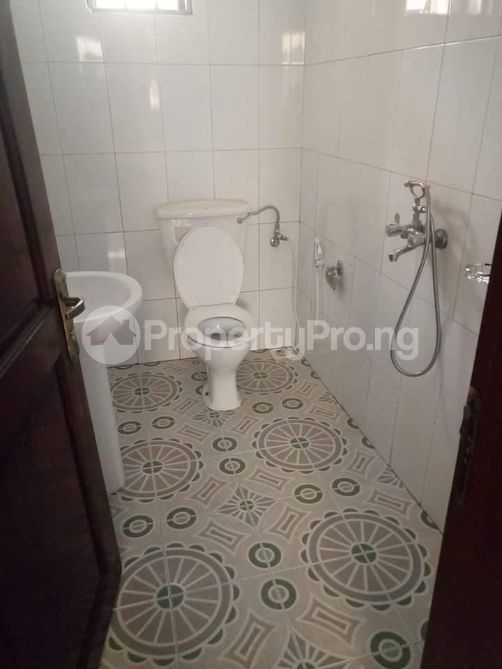 3 bedroom Detached Bungalow House for sale . Ejigbo Ejigbo Lagos - 4