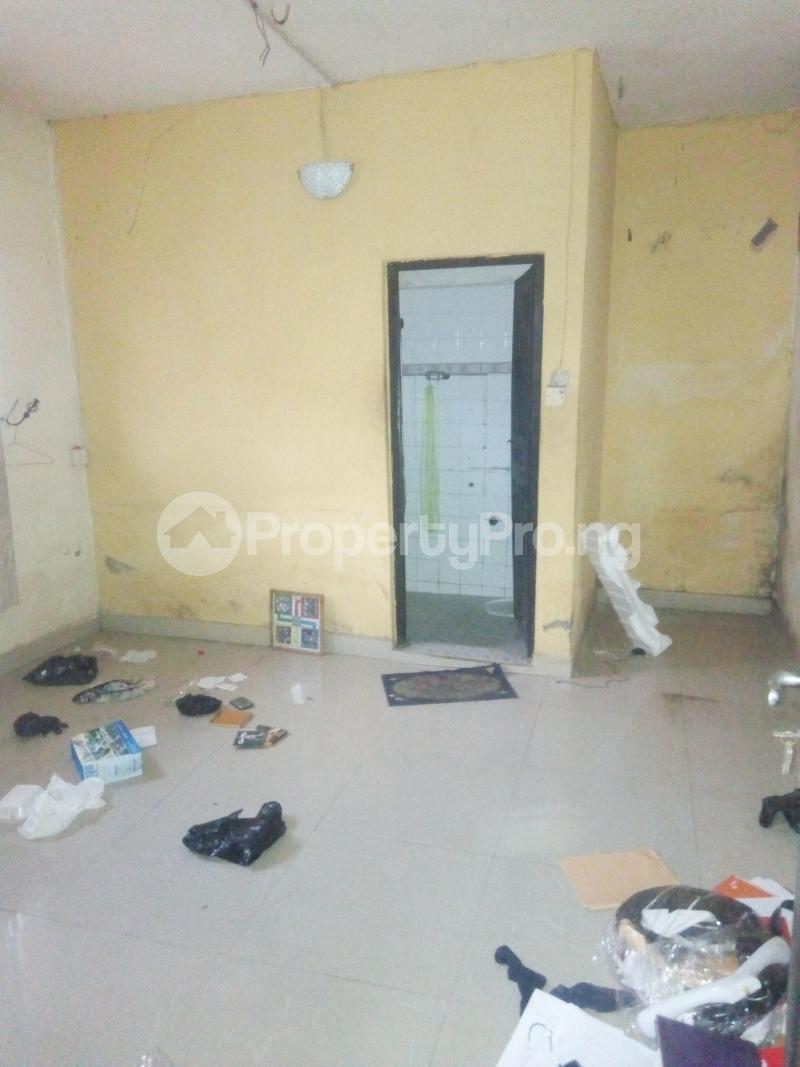 1 bedroom mini flat  Flat / Apartment for rent Module estate fola agoro Fola Agoro Yaba Lagos - 2