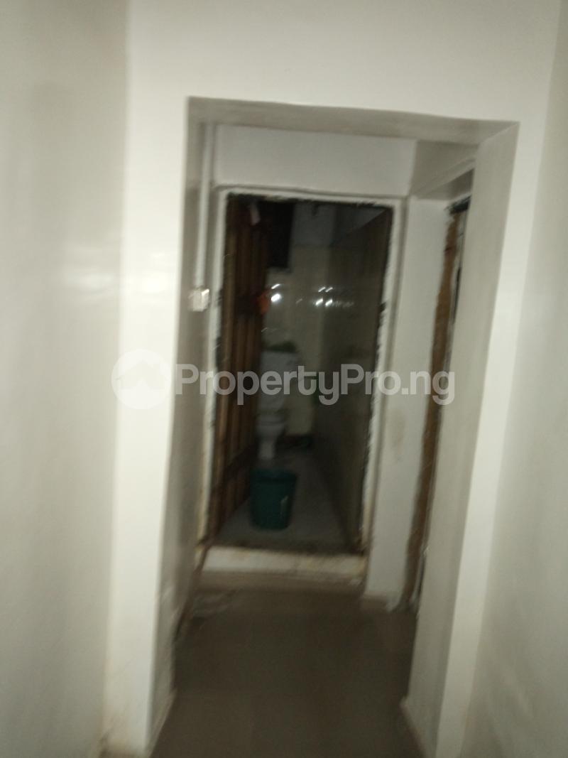 1 bedroom mini flat  Mini flat Flat / Apartment for rent off Akanro street, Ilasa-maja Ilasamaja Mushin Lagos - 9