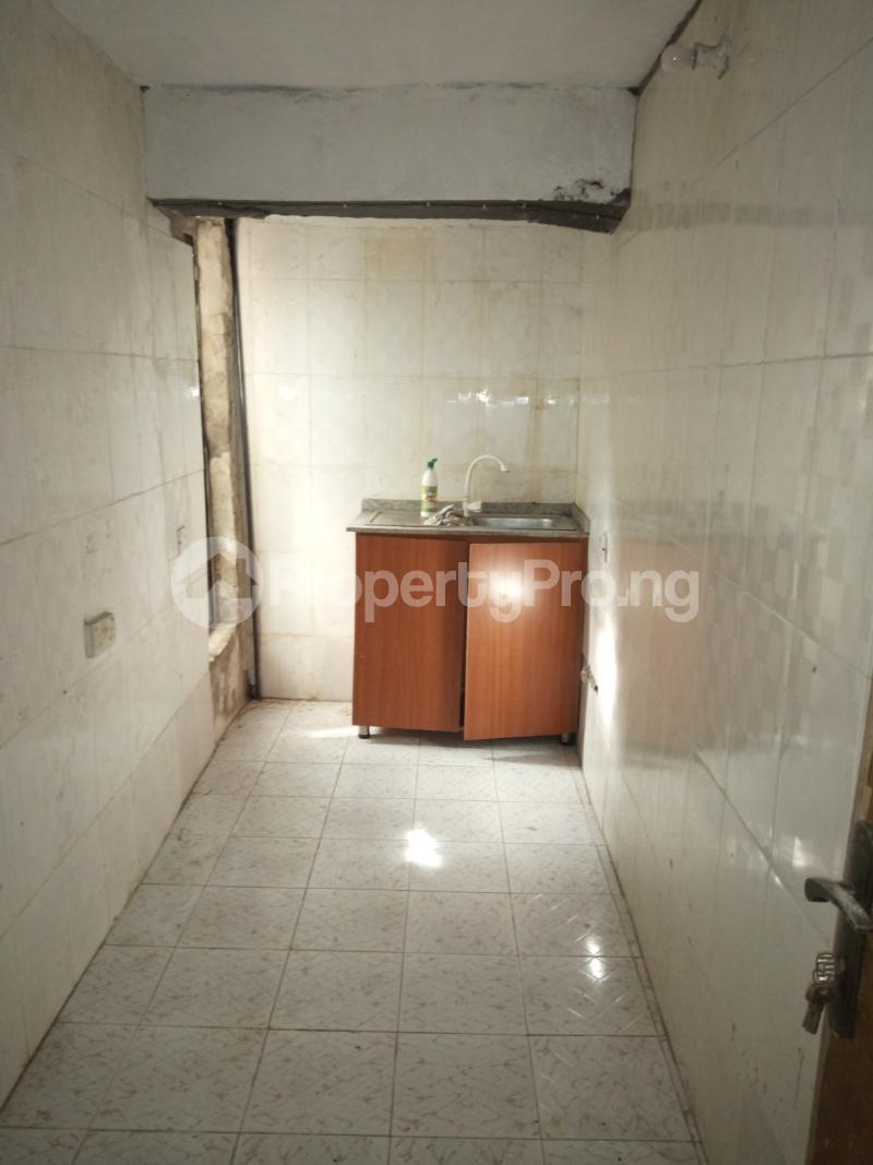 1 bedroom mini flat  Mini flat Flat / Apartment for rent off Akanro street, Ilasa-maja Ilasamaja Mushin Lagos - 1