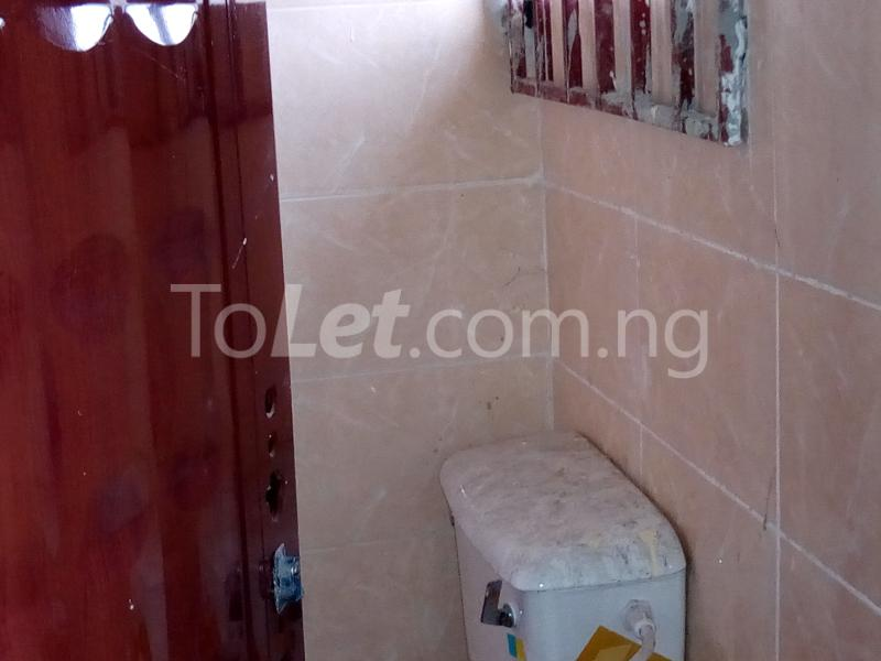 1 bedroom mini flat  Mini flat Flat / Apartment for rent Off Ibgogo road Choba Choba Port Harcourt Rivers - 3