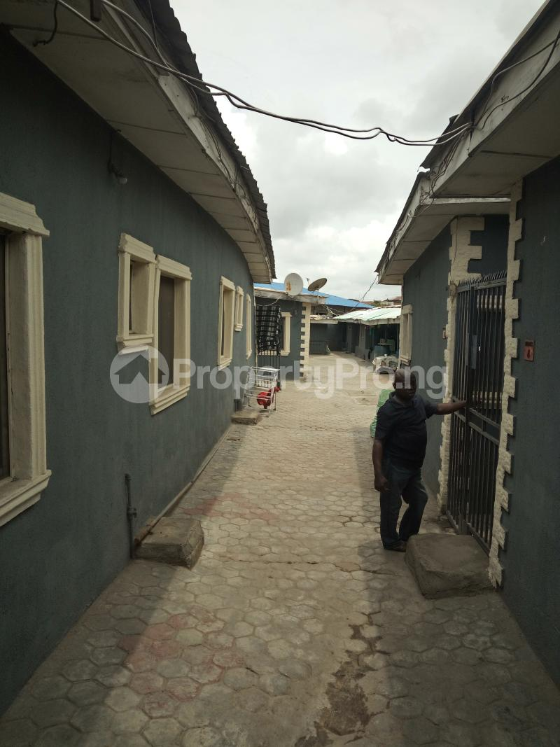 1 bedroom mini flat  Mini flat Flat / Apartment for rent OFF LUTH ROAD MUSHIN LAGOS Mushin Mushin Lagos - 3