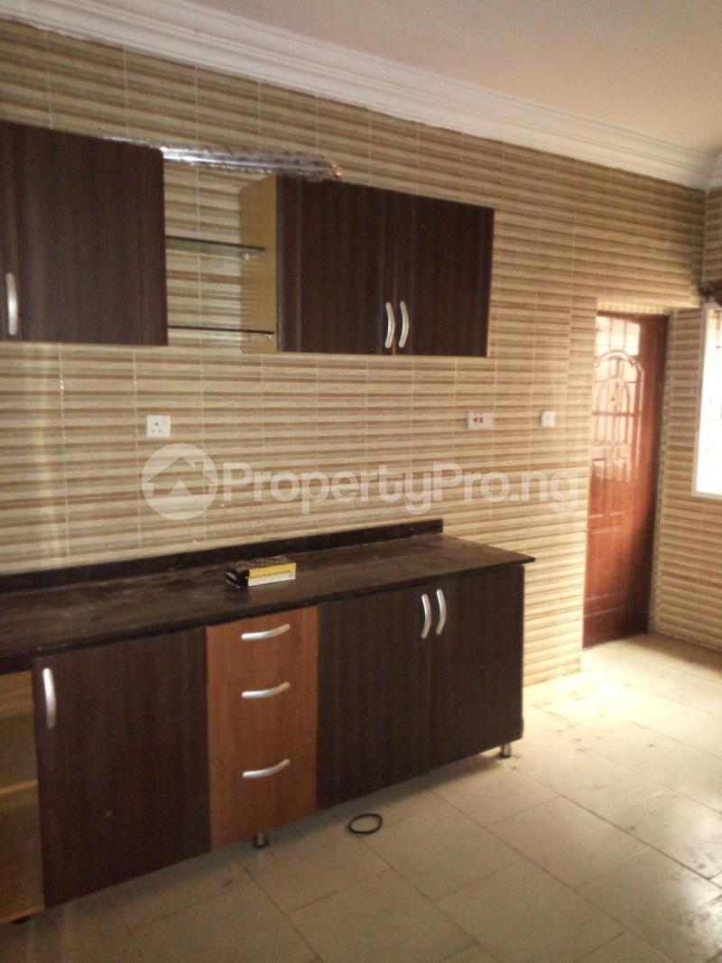 3 bedroom Flat / Apartment for rent BY AKANBI CRESCENT OFF ATURASHE , SURULERE LAGOS Ojuelegba Surulere Lagos - 2
