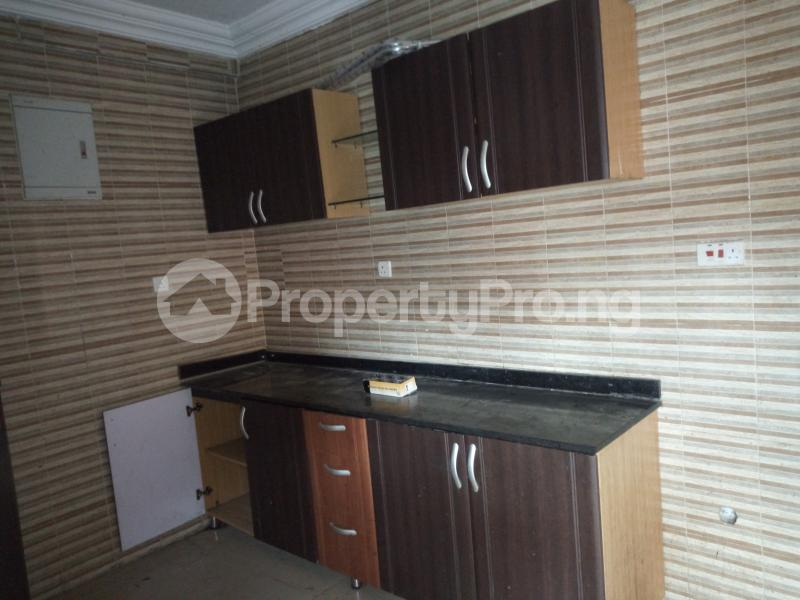 3 bedroom Flat / Apartment for rent BY AKANBI CRESCENT OFF ATURASHE , SURULERE LAGOS Ojuelegba Surulere Lagos - 4