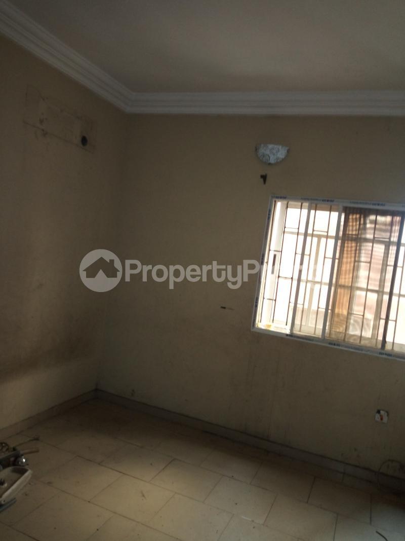 3 bedroom Flat / Apartment for rent BY AKANBI CRESCENT OFF ATURASHE , SURULERE LAGOS Ojuelegba Surulere Lagos - 8