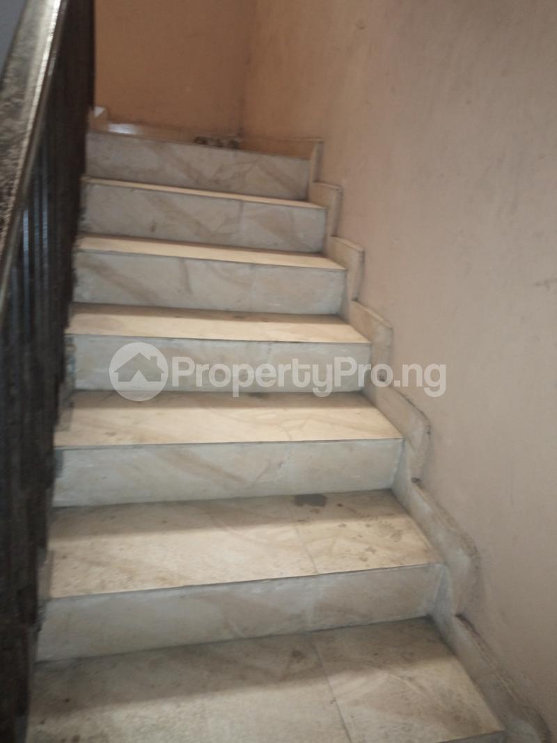 3 bedroom Flat / Apartment for rent BY AKANBI CRESCENT OFF ATURASHE , SURULERE LAGOS Ojuelegba Surulere Lagos - 16