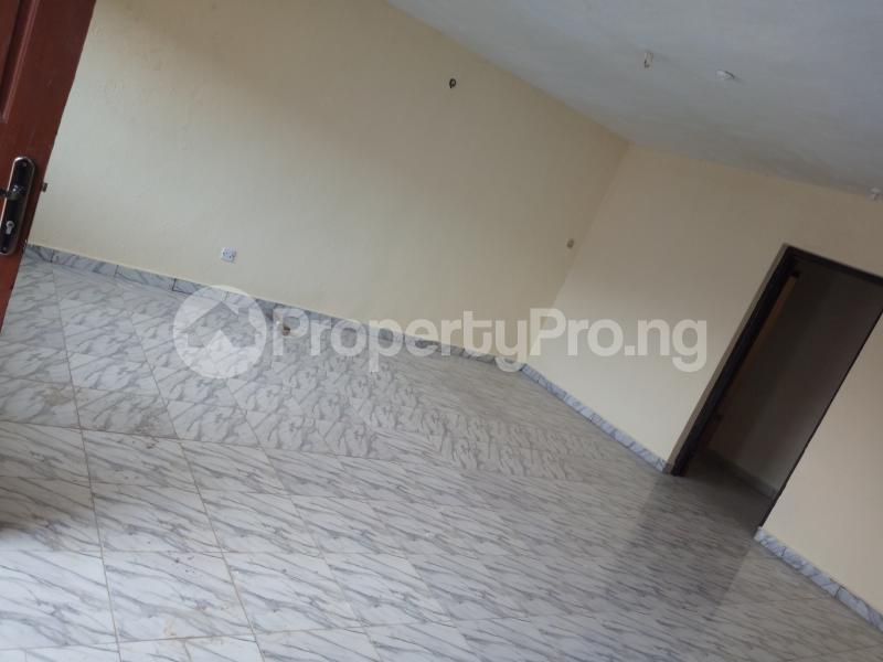 3 bedroom Flat / Apartment for rent DIPO OLUBI  OFF ODUDUWAU , SURULERE Kilo-Marsha Surulere Lagos - 9