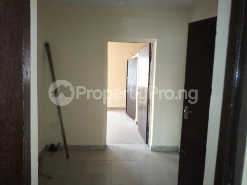 3 bedroom Flat / Apartment for rent DIPO OLUBI  OFF ODUDUWAU , SURULERE Kilo-Marsha Surulere Lagos - 0