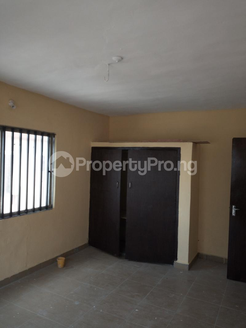 3 bedroom Flat / Apartment for rent DIPO OLUBI  OFF ODUDUWAU , SURULERE Kilo-Marsha Surulere Lagos - 16