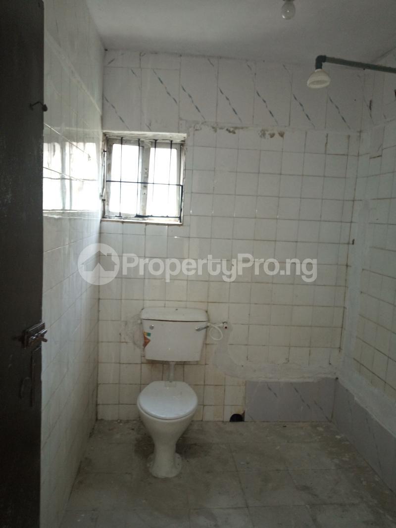 3 bedroom Flat / Apartment for rent DIPO OLUBI  OFF ODUDUWAU , SURULERE Kilo-Marsha Surulere Lagos - 17