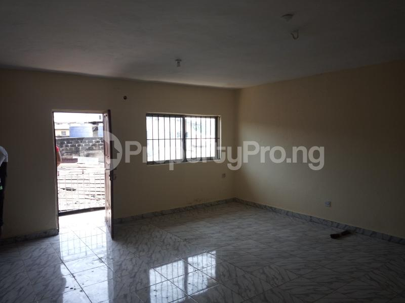 3 bedroom Flat / Apartment for rent DIPO OLUBI  OFF ODUDUWAU , SURULERE Kilo-Marsha Surulere Lagos - 5