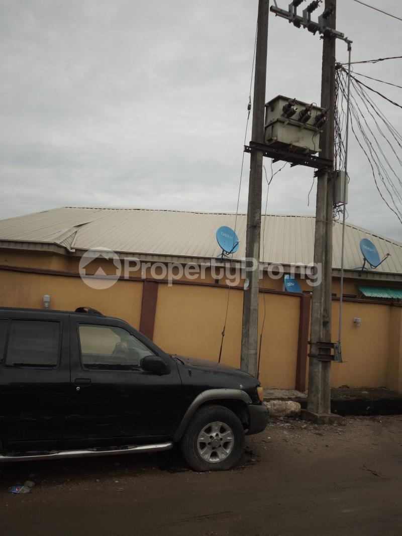 1 bedroom mini flat  Detached Bungalow House for sale off Ishaga Road, Via LUTH LAGOS Ojuelegba Surulere Lagos - 4