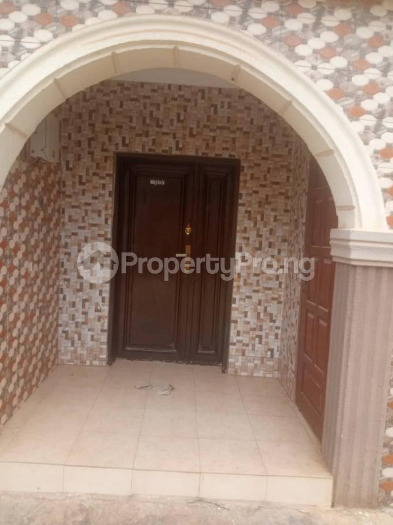 5 bedroom Detached Duplex House for sale Ipaja road Ipaja Ipaja Lagos - 1