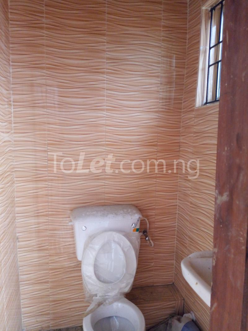 3 bedroom Flat / Apartment for rent - Shomolu Lagos - 9